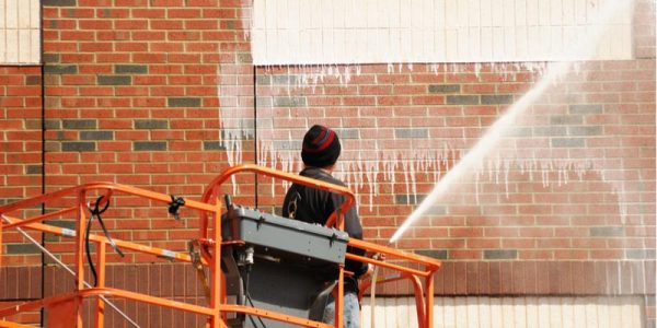 How To Spot Clean Your Bricks & Remove Efflorescence