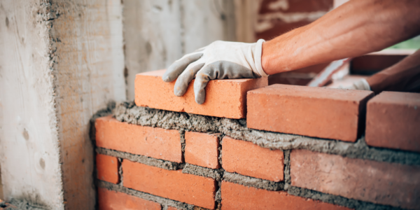 Toronto Commercial Brick Repair: 6 Things to Consider Before Hiring a Contractor