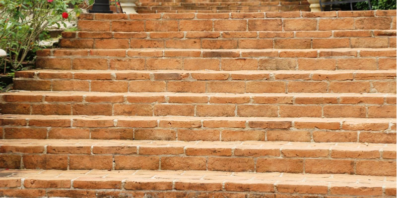 Should I Be Worried About Stair-Step Cracks on My Brick House?