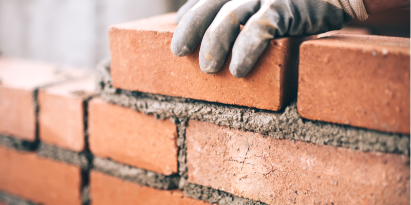 Repair vs. Replace Bricks – 3 Ways to Find the Best Option for Your Project