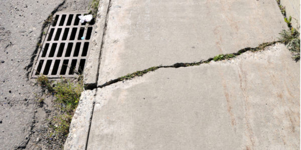 7 Signs Concrete Sidewalks Require Repairs as Soon as Possible